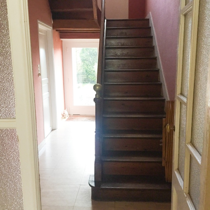 Hallway carpet 1